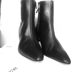 Vince Lanica Style Boots Booties Size 9